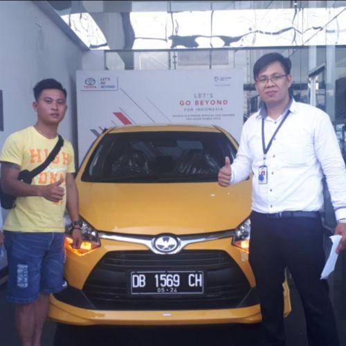 Sales Toyota Manado